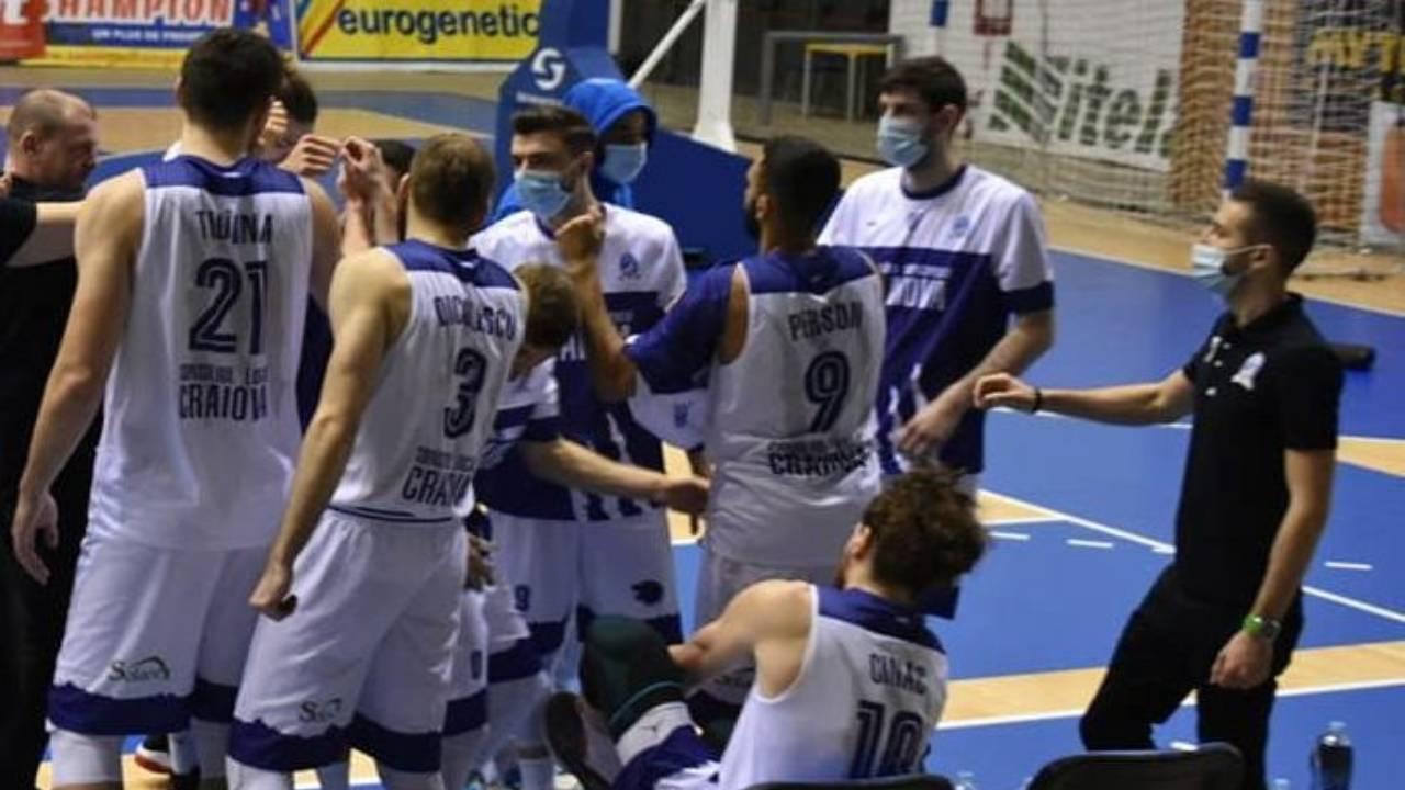 Meciuri cu Voluntari şi Constanţa pentru baschetbalisti