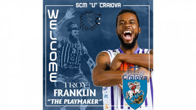 Showmen Troy Franklin este alb-albastru!