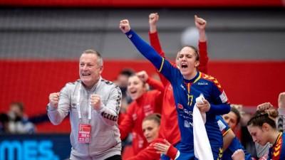 Handbal (F): Romania invinge Polonia si Este ca si calificata in Main Round